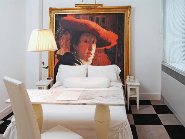 paramount-hotel-standard-room