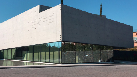 edificio centro sportivo Ekipe
