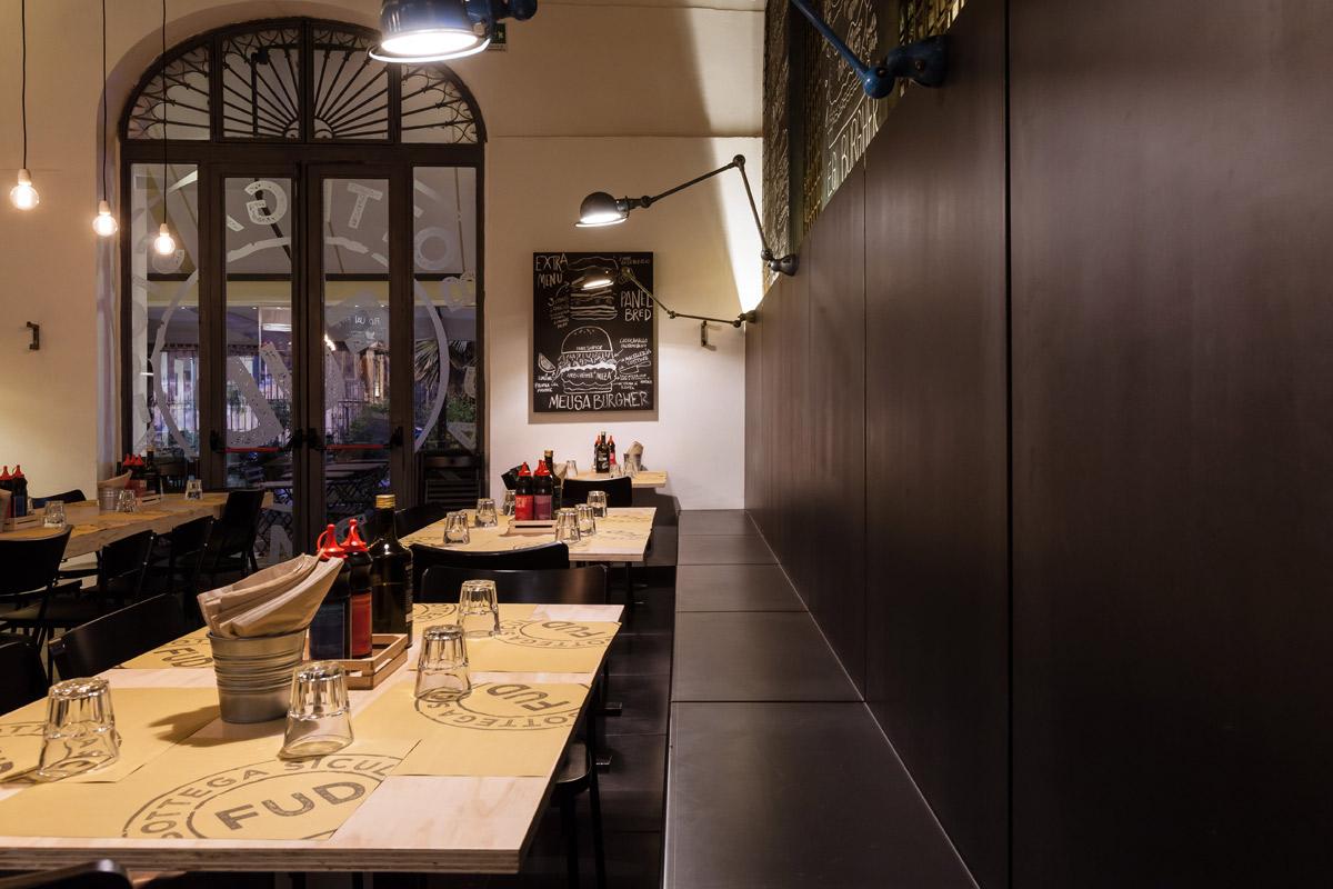 FUD-Bottega-Sicula-Palermo-particolare-tavolo-in-legno-grezzo-naturale